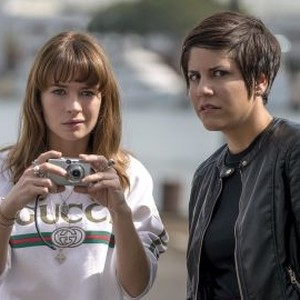 Britt Robertson (left) and Ellie Reed