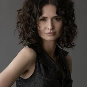 Karolina Wydra as Dianne