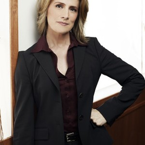 Kirsten Nelson as Interim Chief Karen Vick