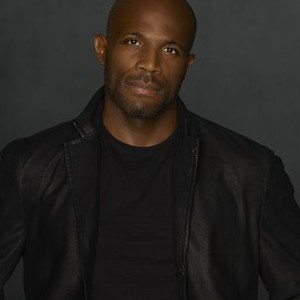 Billy Brown as Detective Nate Lahey