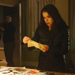 Orphan Black: Season 2, Episode 5, Art (Kevin Hanchard) and Sarah (Tatiana Maslany)