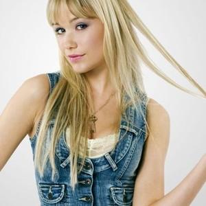 Katrina Bowden as Ceire