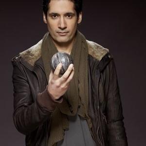Stephen Lobo as Matthew Kellog
