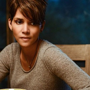 """""""Pilot -- Re-entry""""  -- EXTANT: CBS's new summer series EXTANT is a mystery thriller starring Academy Award-winner Halle Berry as Molly Woods, a female astronaut trying to reconnect with her family after returning from a year in outer space. Her mystifying experiences in space lead to events that will ultimately change the course of human history. EXTANT premieres Wednesday, July 9 (9:00-10:00 PM, ET/PT)"""