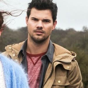 Taylor Lautner as Dale