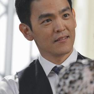Selfie, Season 1: John Cho
