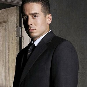 Kirk Acevedo as Agent Charlie Francis