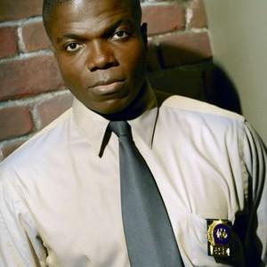 Reno Wilson as Det. Tom Selway