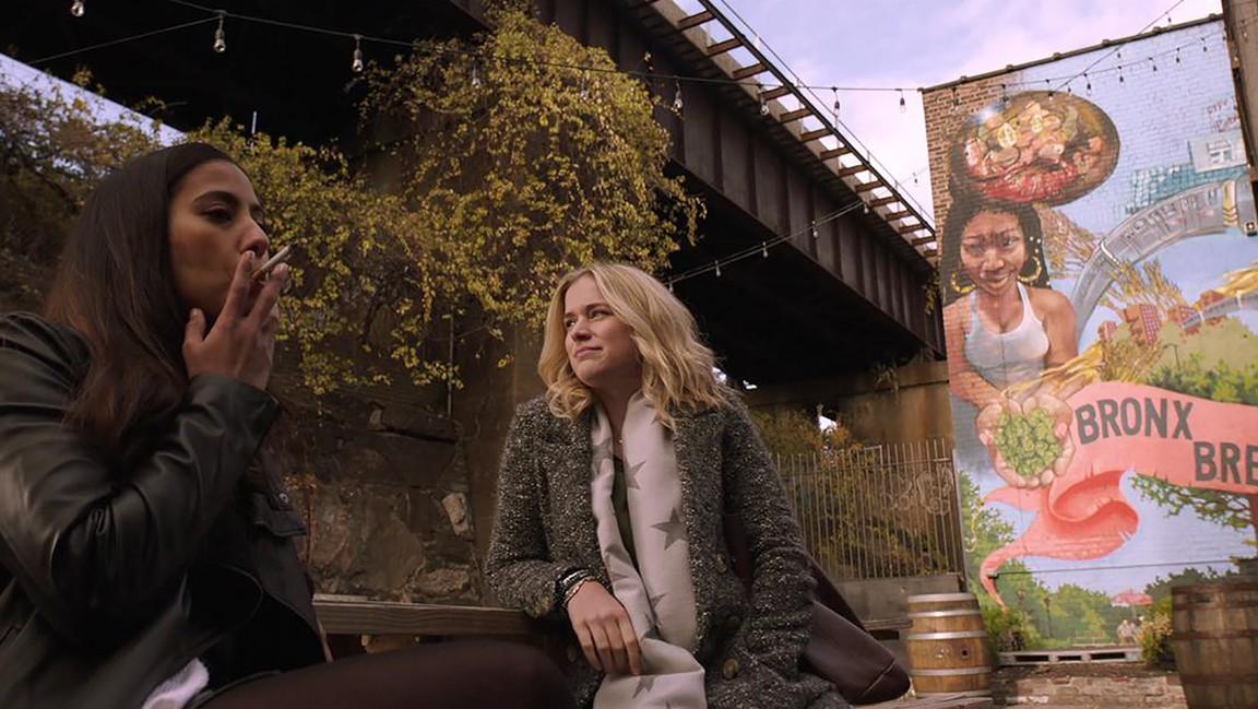 You: Season 1 - Rotten Tomatoes
