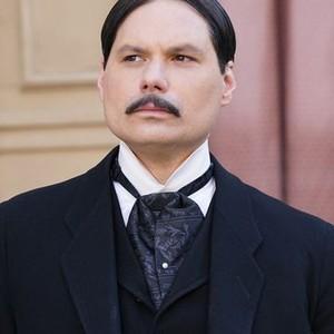 Michael Ian Black as Peepers