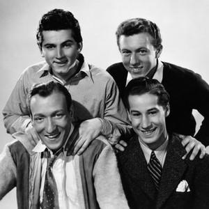 Huntz Hall Rotten Tomatoes Huntz hall est un acteur américain né le 15 août 1919 à new york, new york (états unis), décédé le 30 janvier 1999 à north hollywood (californie). huntz hall rotten tomatoes