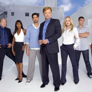 Rex Linn, Khandi Alexander, Adam Rodriguez, David Caruso, Emily Proctor, Jonathan Togo and Eva La Rue (from left)