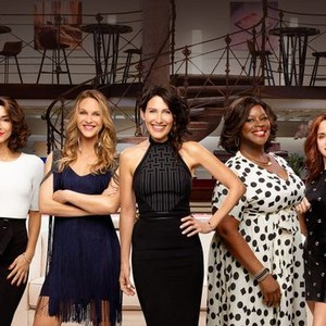 """""""Girlfriends' Guide to Divorce"""""""