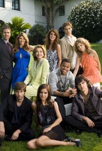 did any of the new 90210 cast date