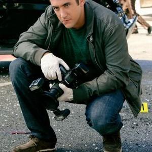 Jonathan Togo as Det. Ryan Wolfe