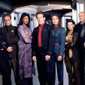 Daniel Dae Kim, David Allen Brooks, Marjean Holden, Gary Cole, Tracy Scoggins, Carrie Dobro and Peter Woodward (from left)