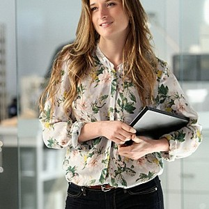"""""""Extinct"""" -- Grace Gummer stars as Julie Gelineau in CBS series EXTANT which premieres Wednesday, July 9 (9:00-10:00 PM, ET/PT)on CBS."""