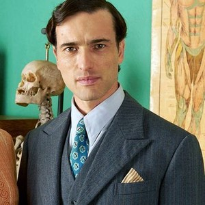 Ed Stoppard as Dr Will Campbell