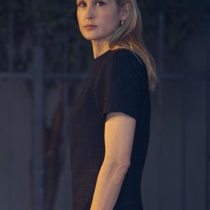 Kelly Rutherford as Claire Hotchkiss