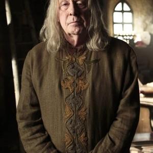 Richard Wilson as Gauis