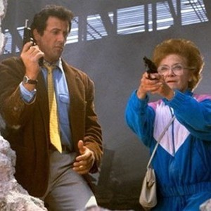 Stop! Or My Mom Will Shoot (1992) - Rotten Tomatoes