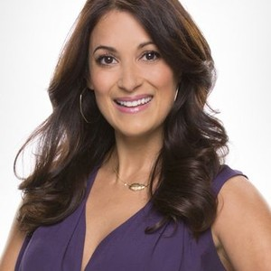 Angelique Cabral as Colleen