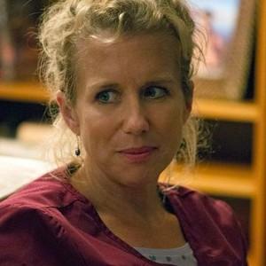 Lauren Weedman as Doris