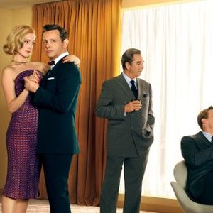 Lizzy Caplan, Caitlin Fitzgerald, Michael Sheen, Beau Bridges, Teddy Sears and Allison Janney (from left)