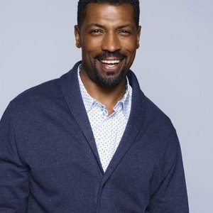 Deon Cole as Charlie Telphy