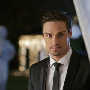 beauty and the beast season 3 episode 8 watch online