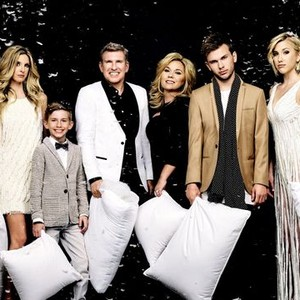 Lindsie Chrisley Campbell, Grayson Chrisley, Todd Chrisley, Julie Chrisley, Chase Chrisley, and Savannah Chrisley (from left)