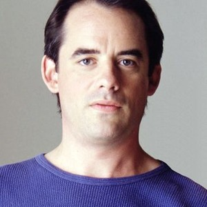 Tom Irwin as Graham Chase