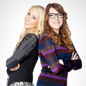Nikki Glaser (left) and Sara Schaefer