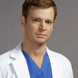 Nick Gehlfuss as Dr. Will Halstead