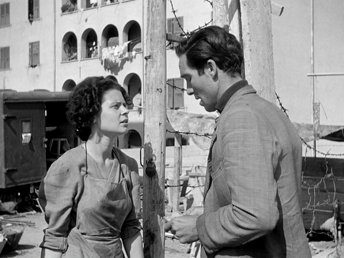 bicycle thieves and italian neo realism film studies essay Essay bicycle thieves: an expression of italian neo-realism - bicycle thieves is considered an example of italian neo-realism the plot demonstrates italians of the working class in italy and unfolds their day to day lives.