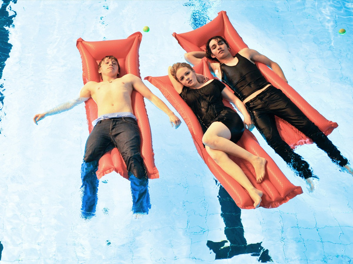 Angus Thongs And Perfect Snogging Cast angus, thongs and perfect snogging (2008) - rotten tomatoes