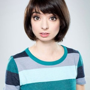 Kate Micucci as Oates