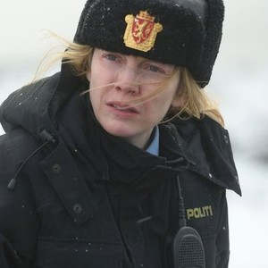 Alexandra Moen as Officer Petra Bergen