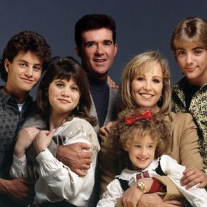 Kirk Cameron, Tracey Gold, Alan Thicke, Joanna Kerns holding Ashley Johnson, and Jeremy Miller (from left)