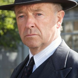 Michael Kitchen as Detective Chief Superintendent Christopher Foyle
