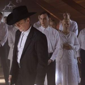 Orphan Black: Season 2, Episode 3, Johanssen (Peter Outerbridge) and Mark (Ari Millen)