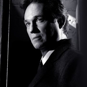 Richard Thomas as Frank Gaad