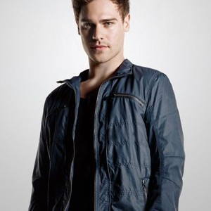 Grey Damon as Grayson