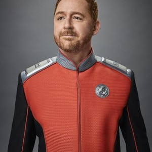 Scott Grimes as Lieutenant Gordon Malloy