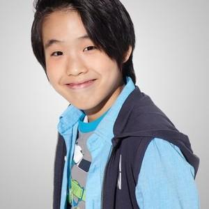 Lance Lim as Runyen