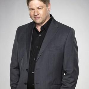 Lex Medlin as Owen French