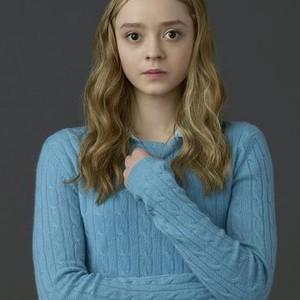 Madeleine Arthur as Young Willa