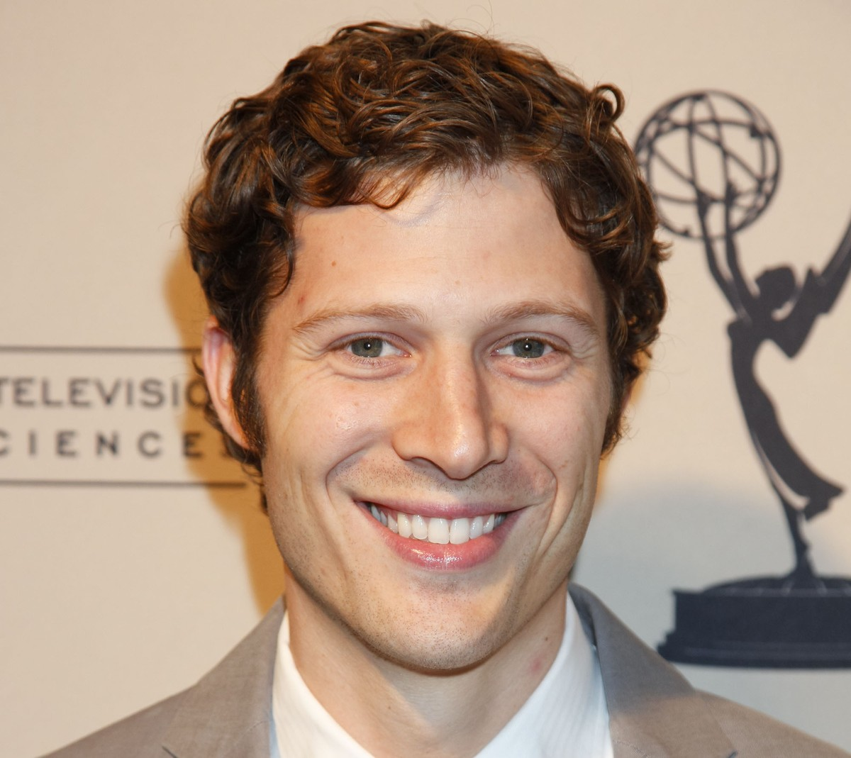 Zach Gilford - Rotten Tomatoes on