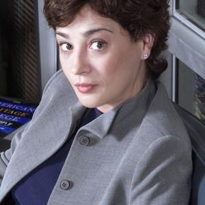 Moira Kelly as Mandy Hampton