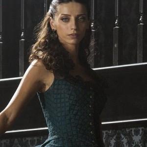 Angela Sarafyan as Clementine Pennyfeather